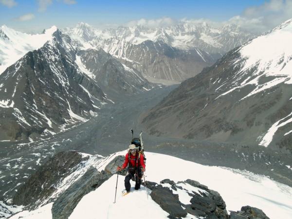 Karel a pohoří Hindúkuš